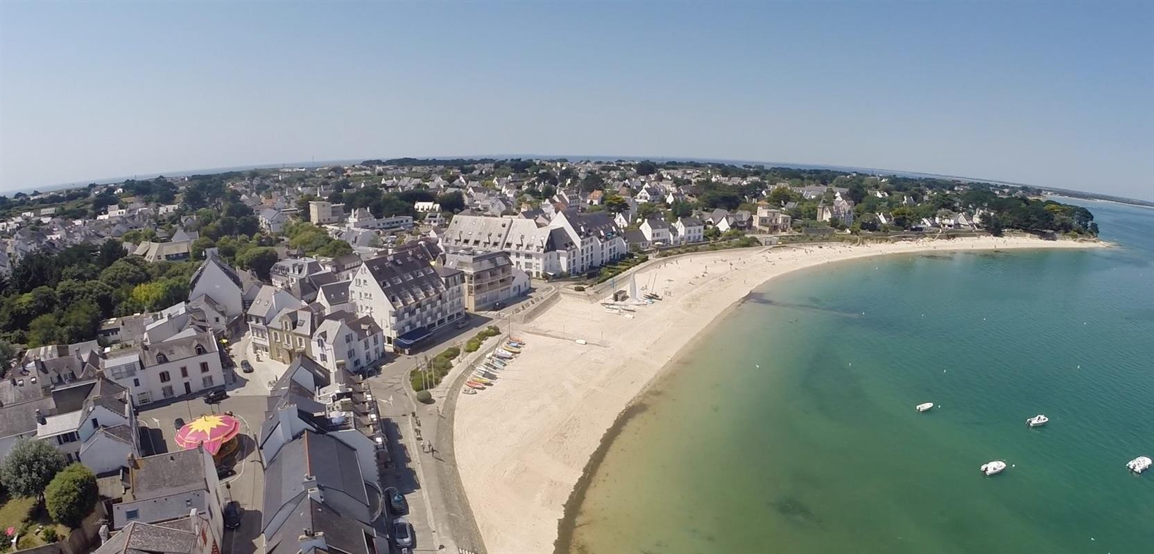 Das hotel de la plage befindet sich im port d 39 orange in saint pierre quiberon auf der halbinsel - Office de tourisme saint pierre quiberon ...